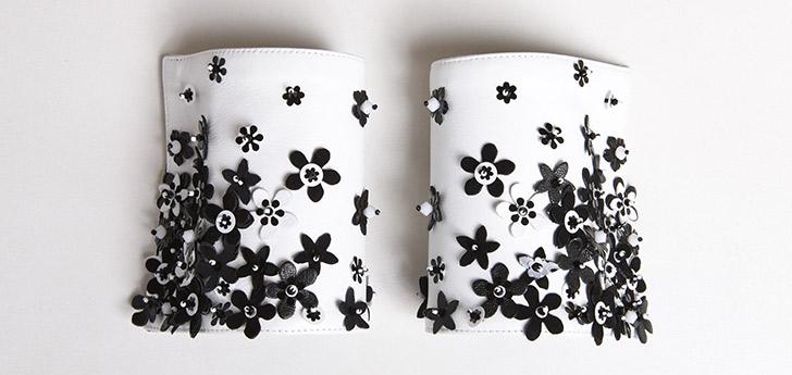 COUTURE . Cuir blanc et Fleurs